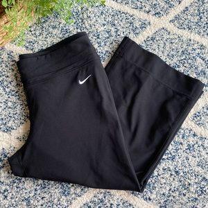 ✔️ NIKE Dri-Fit Wide Leg Crop Yoga Pants